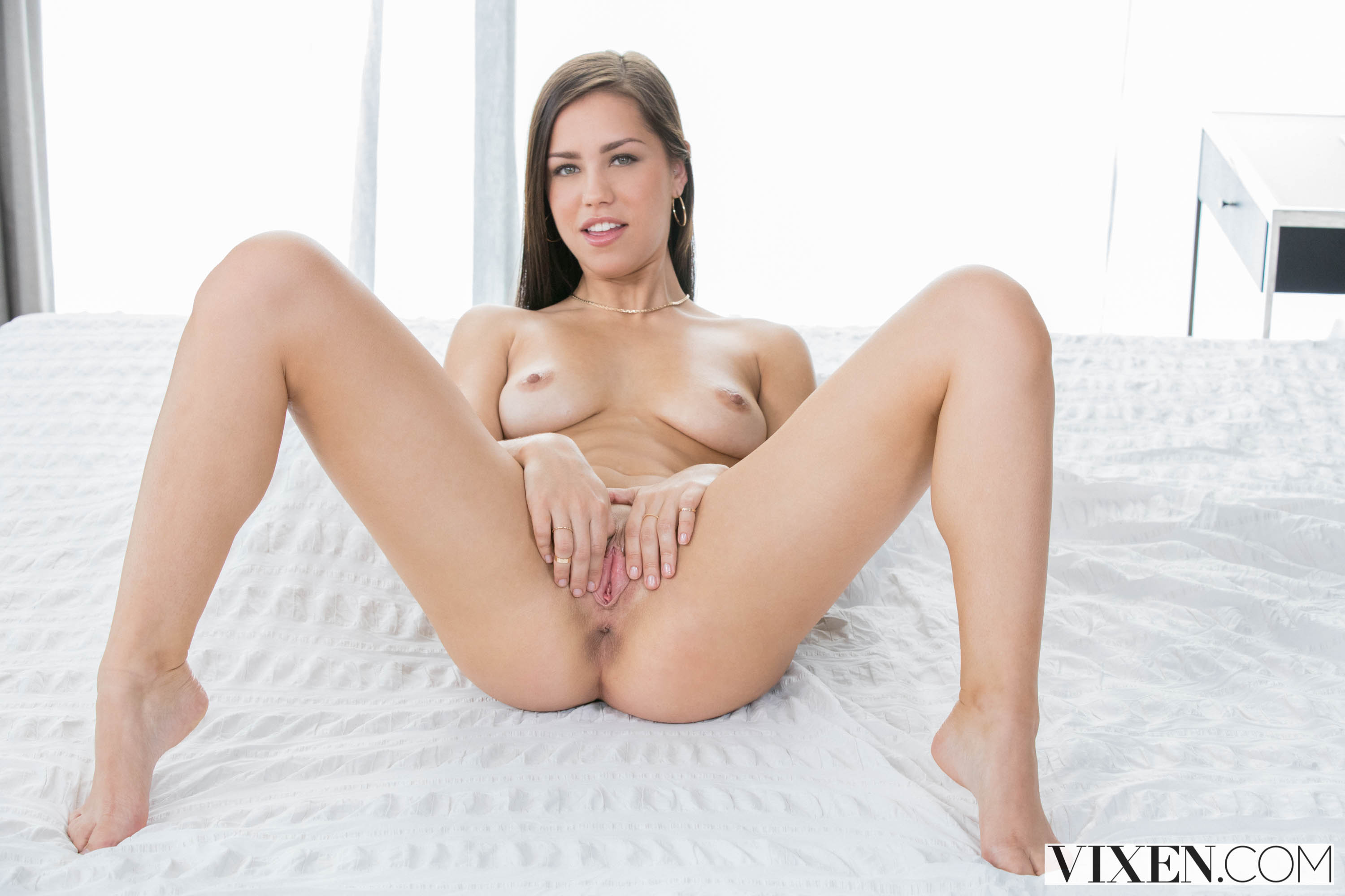 Alina Lopez - What Do We Do. | Picture (4)