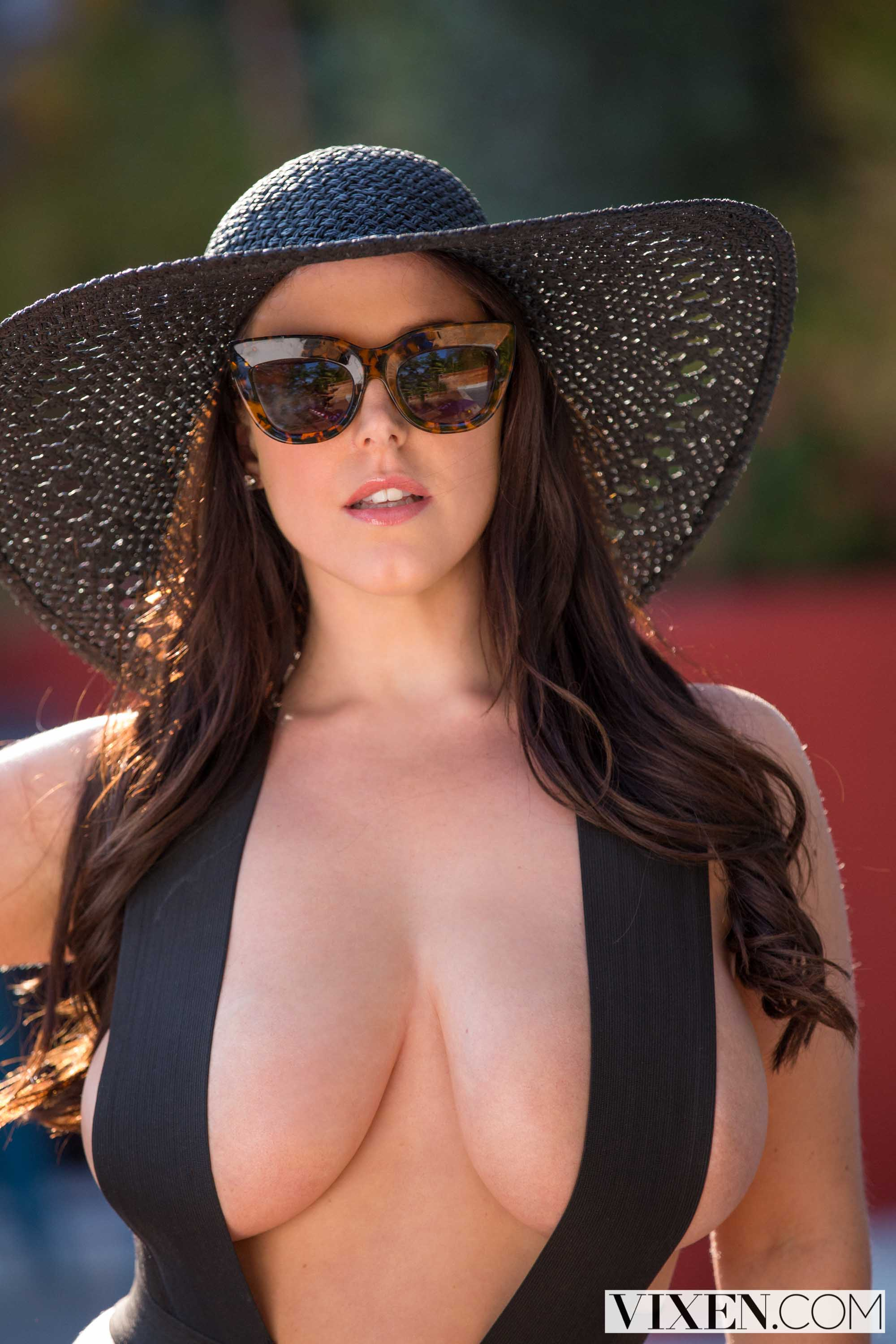 Angela White - She Always Gets What She Wants | Picture (15)