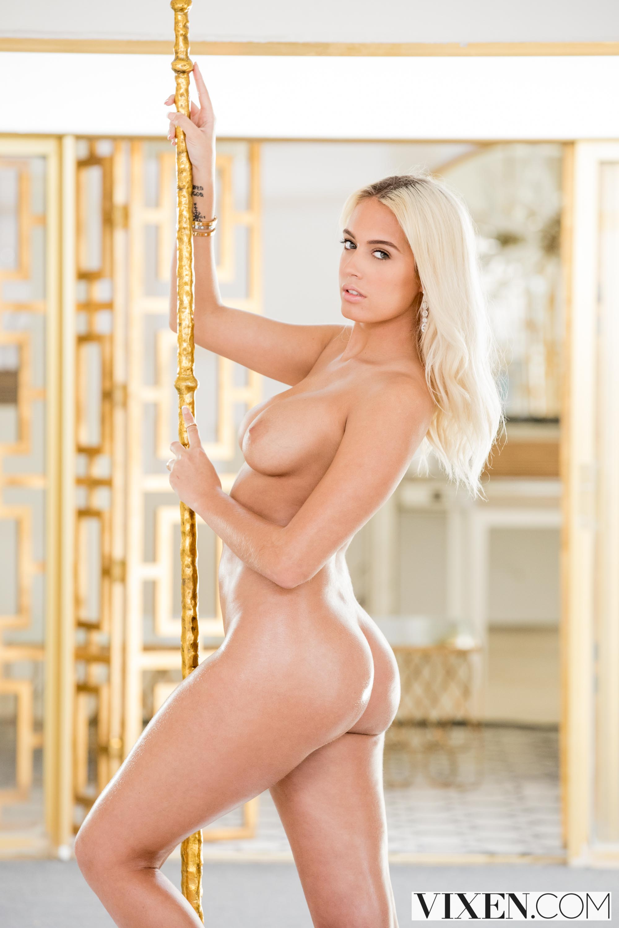 Athena Palomino - While She's Gone | Picture (6)