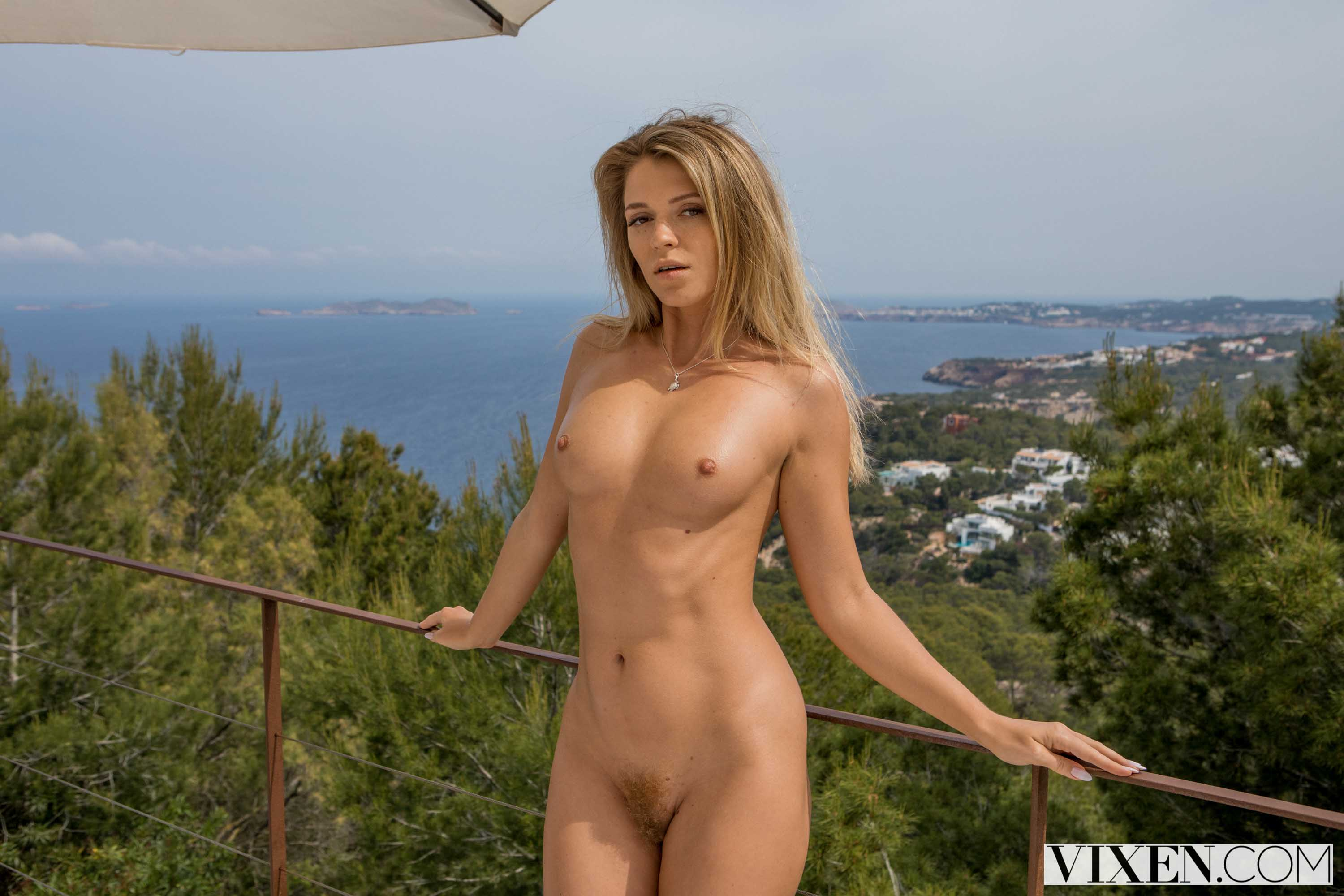 Mary Kalisy - Babysitting In Ibiza | Picture (1)