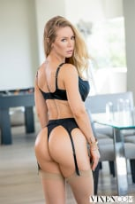 Nicole Aniston - Can't Hardly Wait | Picture (1)