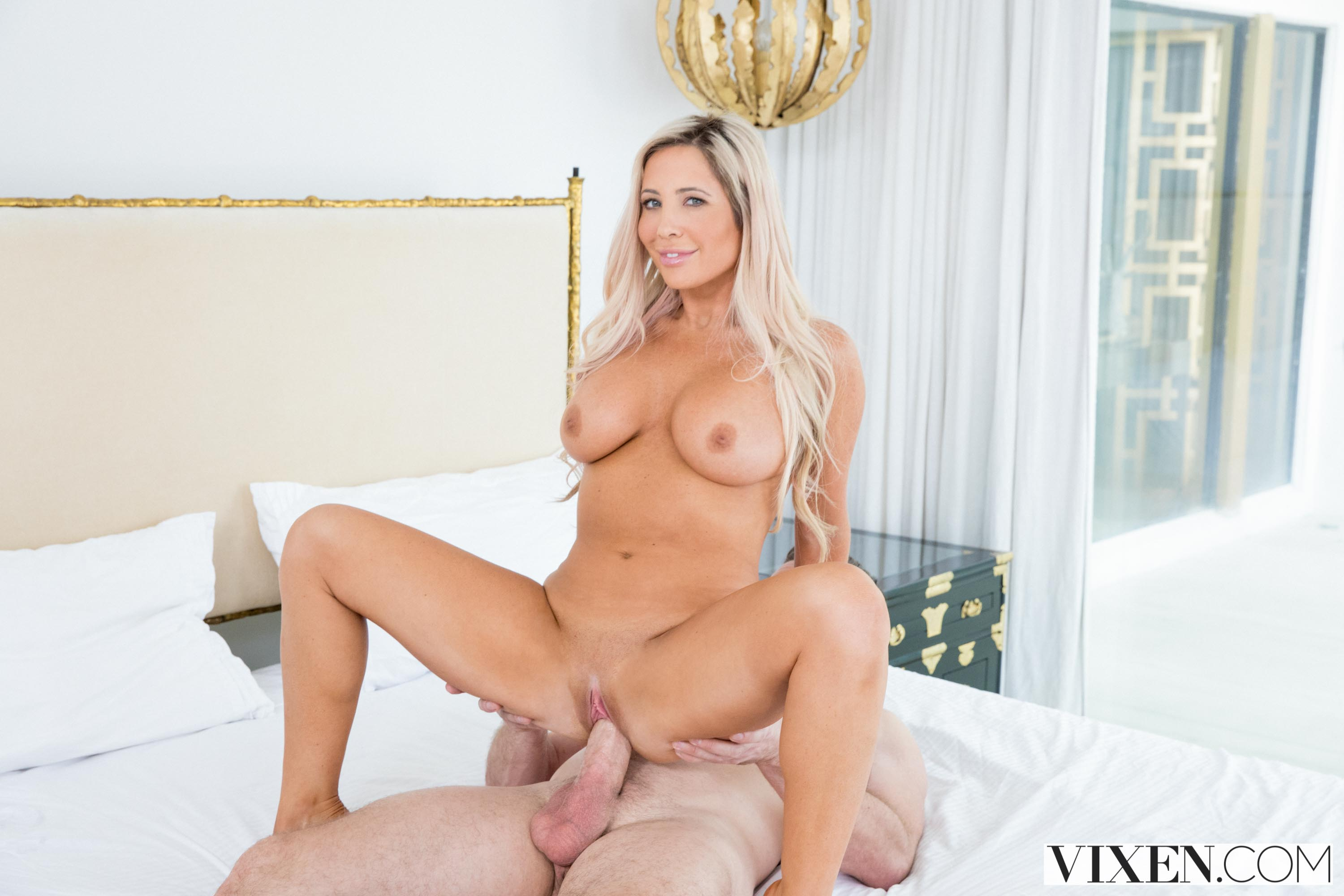 Tasha Reign - The Layover 2 | Picture (10)