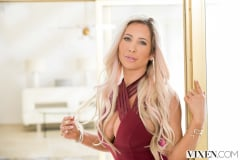 Tasha Reign - The Layover 2 | Picture (2)