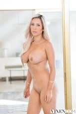 Tasha Reign - The Layover 2 | Picture (3)