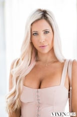 Tasha Reign - The Layover 2 | Picture (4)