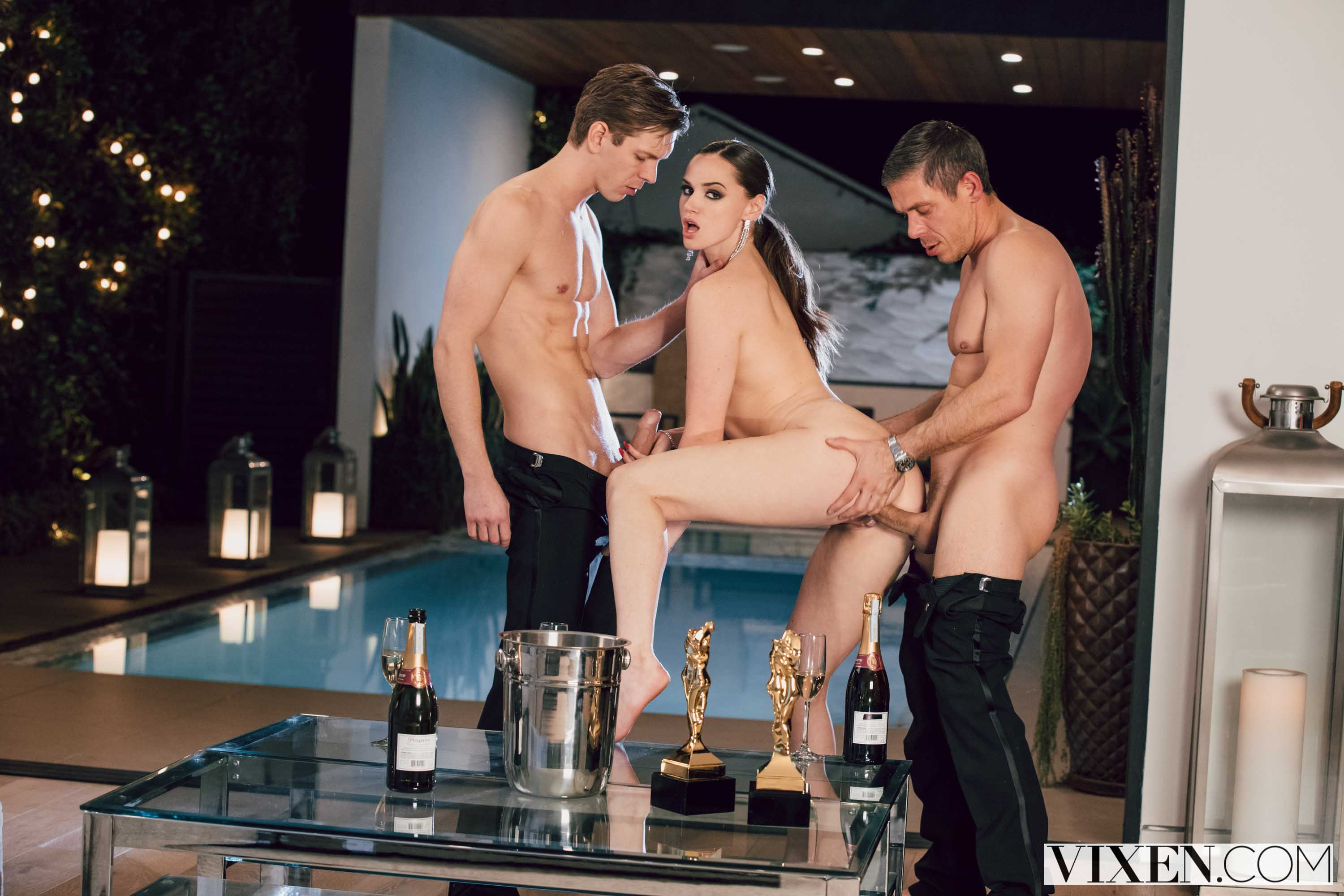 Tori Black - Award Season | Picture (4)