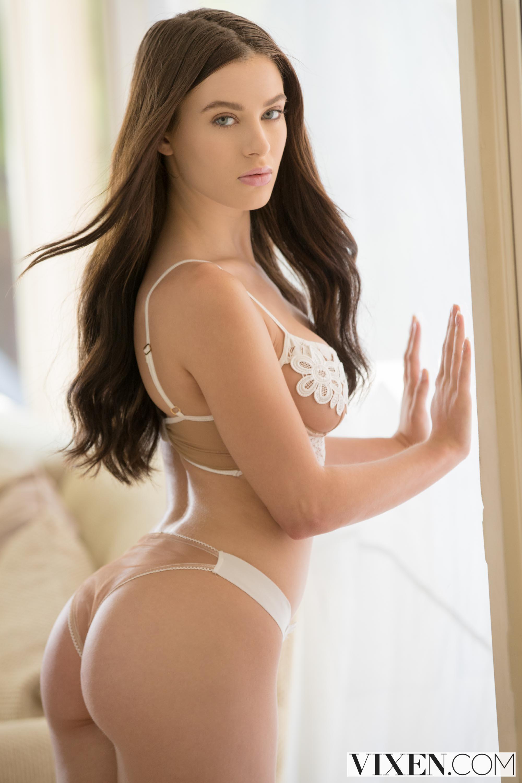 Lana rhoades lap it up